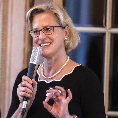 Moderation Christine Reinshagen