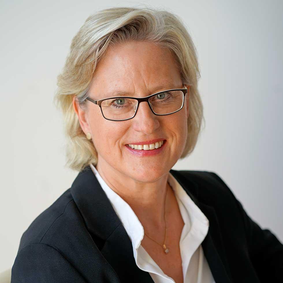 Über Christine Reinshagen